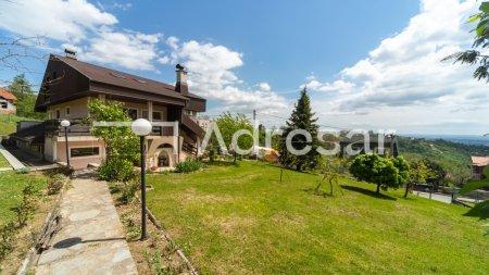 BORČEC, prekrasna samostojeća kuća, 410 m2, na parceli 565 m2 + parcela 1438 m2